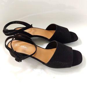 2/$25 NWT Le Chateau Blck Vegan Suede Sandals sz41